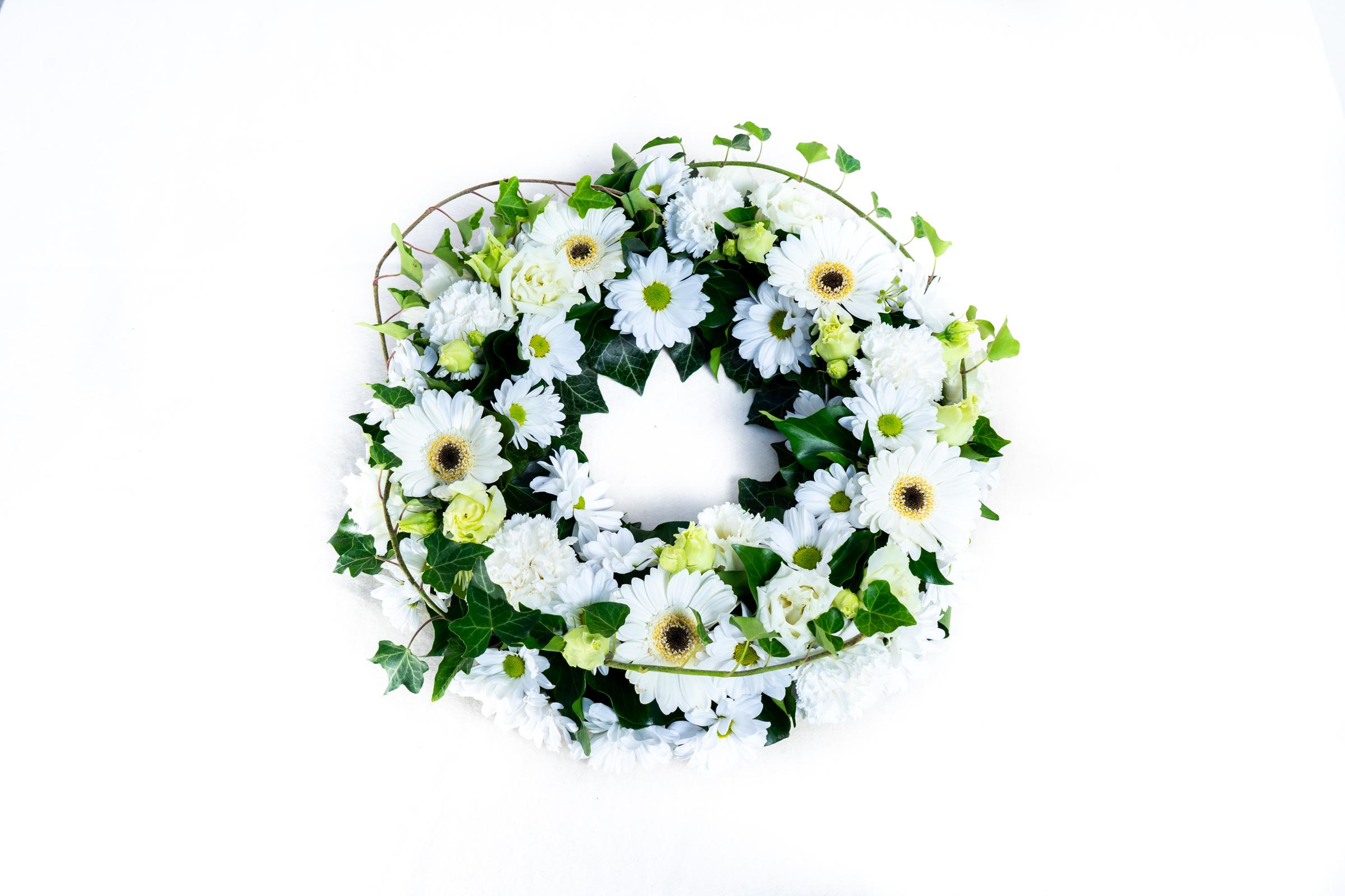 Blumenkranz Weiß