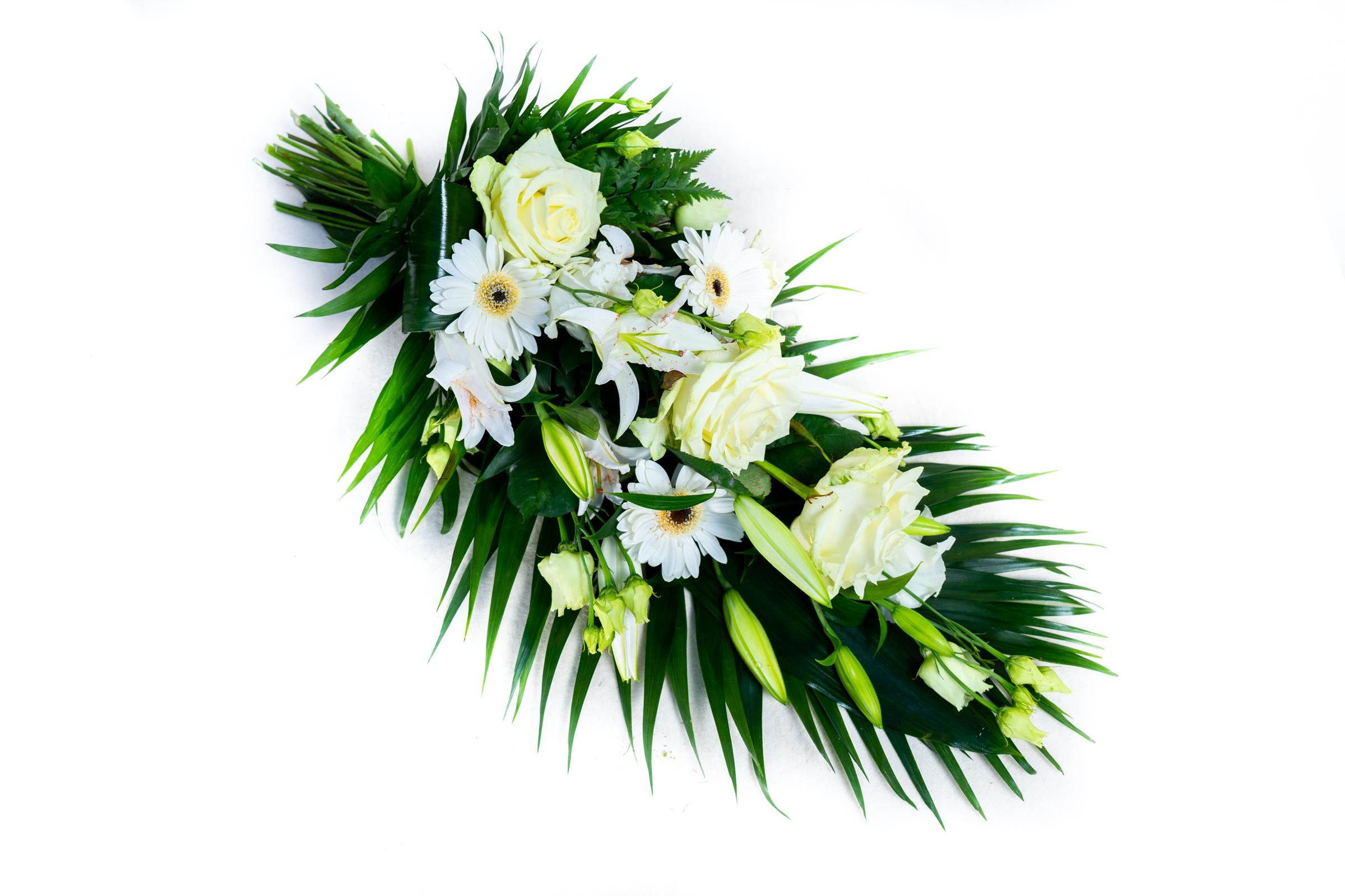 Strauß mit weißen Rosen